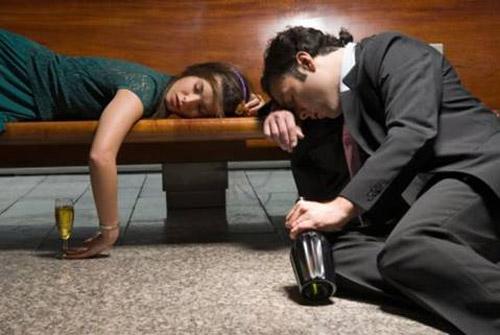 mo thay say ruou Nằm mơ thấy bị say rượu là tốt hay xấu?