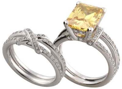 Nhẫn cưới thuộc mộc